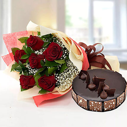 Elegant Rose Bouquet With Chocolate Cake: Karwa Chauth Gifts
