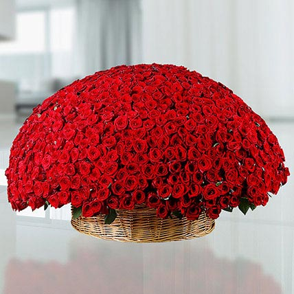 Basket Of 400 Red Roses: Red Rose Flowers