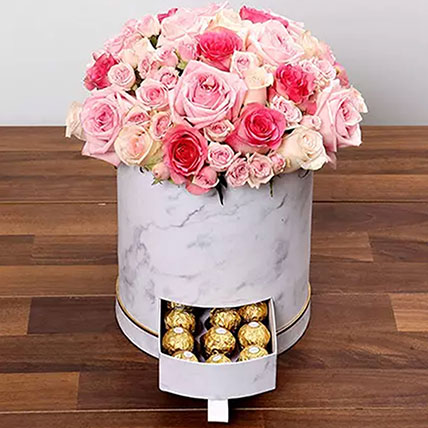 Box Of Pink Roses And Chocolates: Thank You Gifts