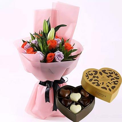 Elegant Flower Bouquet & Godiva Chocolates: Godiva Chocolates