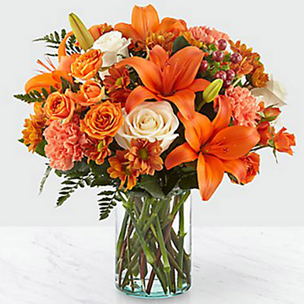 Fascinating Floral Arrangement: Thanks Giving Gifts