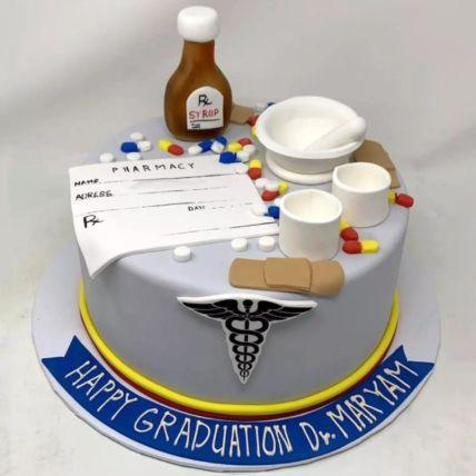 Doctor Theme Graduation Cake: Cakes for Graduation
