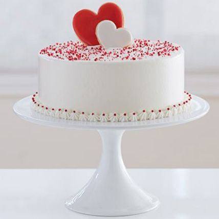 Elegant Love Cake: Hug Day Gifts