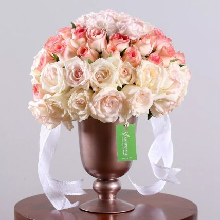 Trophy Of Delightful Flowers Arrangement: Roses For Valentines Day