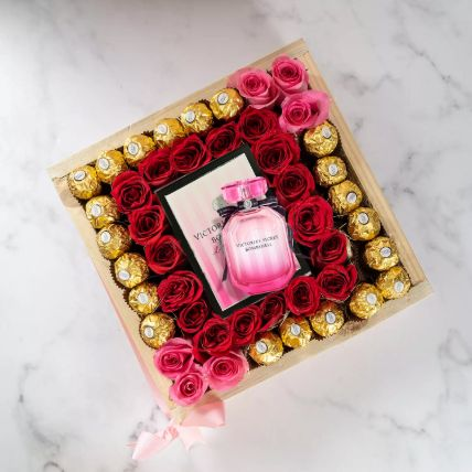 Valentines Day Gift Hamper For Her: Valentines Day gifts for Wife