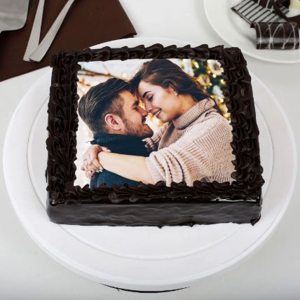 Rich Chocolate Photo Cake: Hug Day Gifts