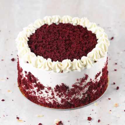 Creamy Red Velvet Cake:  Cakes Delivery in Dhahran