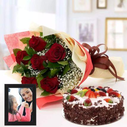 Sweet Memories Hamper: Personalised Gifts