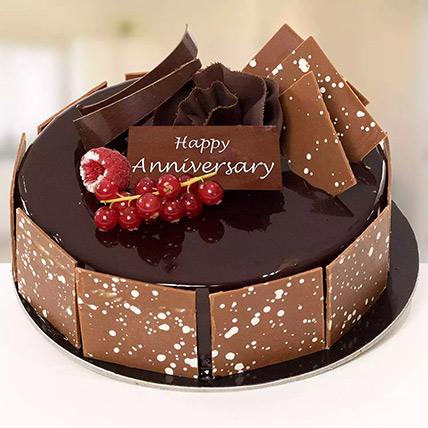 500 Gm Fudge Cake For Anniversary: Wedding Anniversary Cake