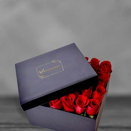 Red Roses In Square Box: Flowers In a Box Arrangements