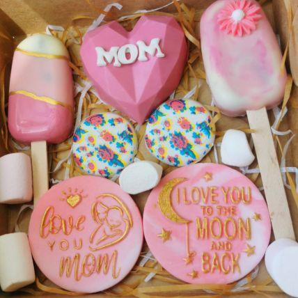 Love You Mom Goodies Box: Pinata Cakes