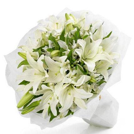 White Beauty Bouquet