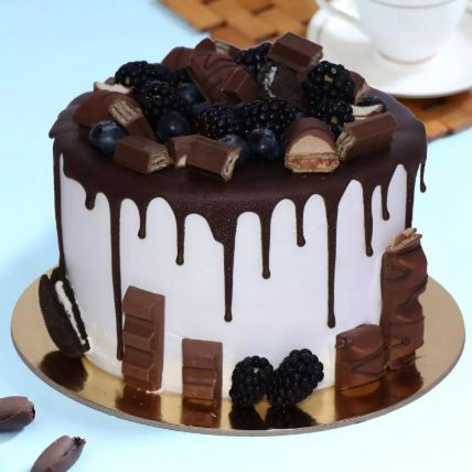 Delicious Choco Vanilla Cake 8 Portion
