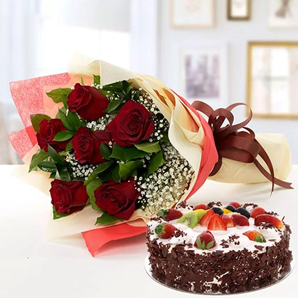 Red Roses & Black Forest Cake- Half Kg