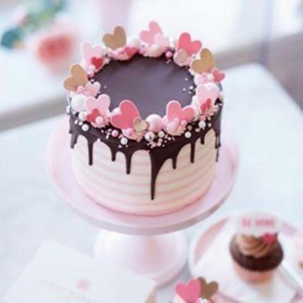 Dripping Red Velvet Cream Cake Half Kg