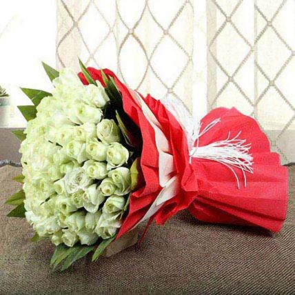 Beautifully Wrapped White Roses Bunch
