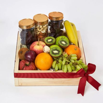 Nuts and Fruits Hamper