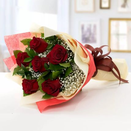 Beauty of Love 6 Roses