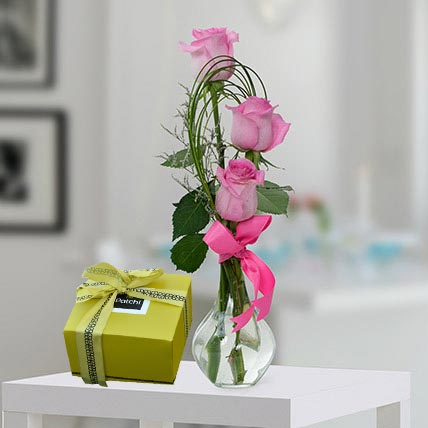 Pink Roses And Patchi Chocolate Combo