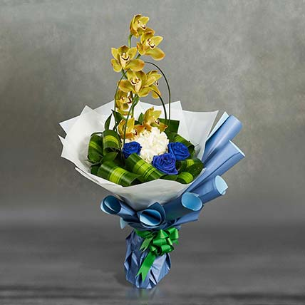 Graceful Mixed Flowers Bouquet