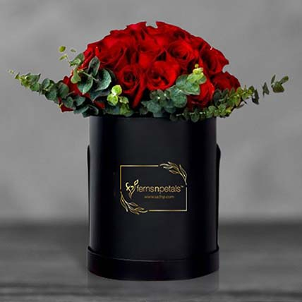 Red Roses In Round Flower Box